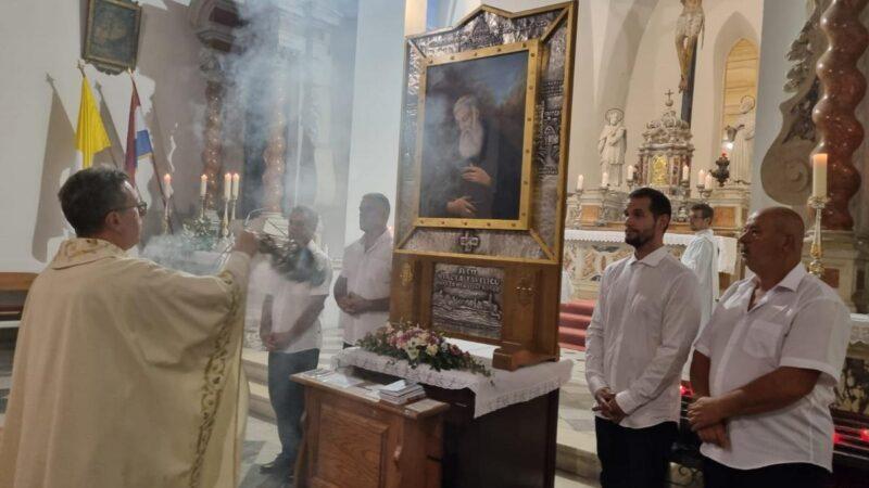 Velika devetnica sv. Nikoli Taveliću